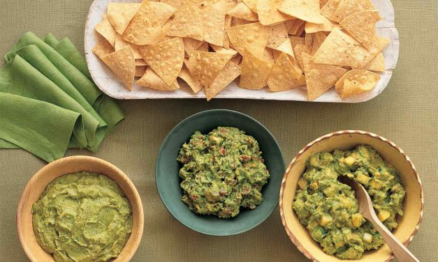 Mango and Pear Guacamole