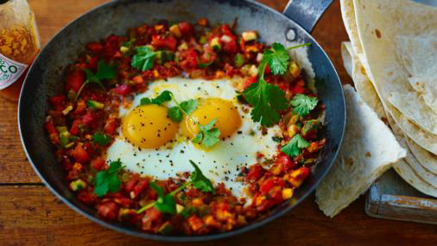 Spicy Mexican Eggs (Huevos Rancheros)