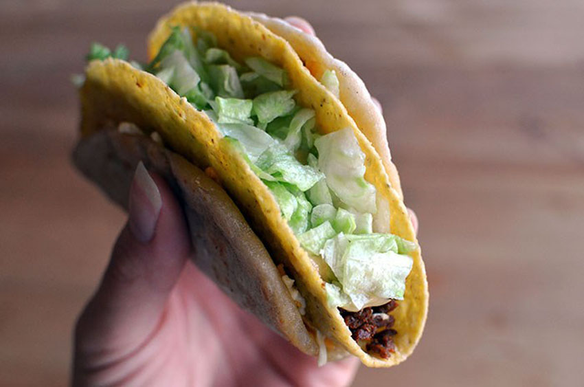 Vegan Taco Bell Cheesy Gordita Crunch